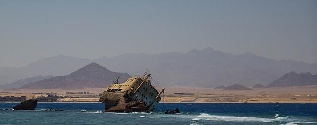 沈没船のイメージです。