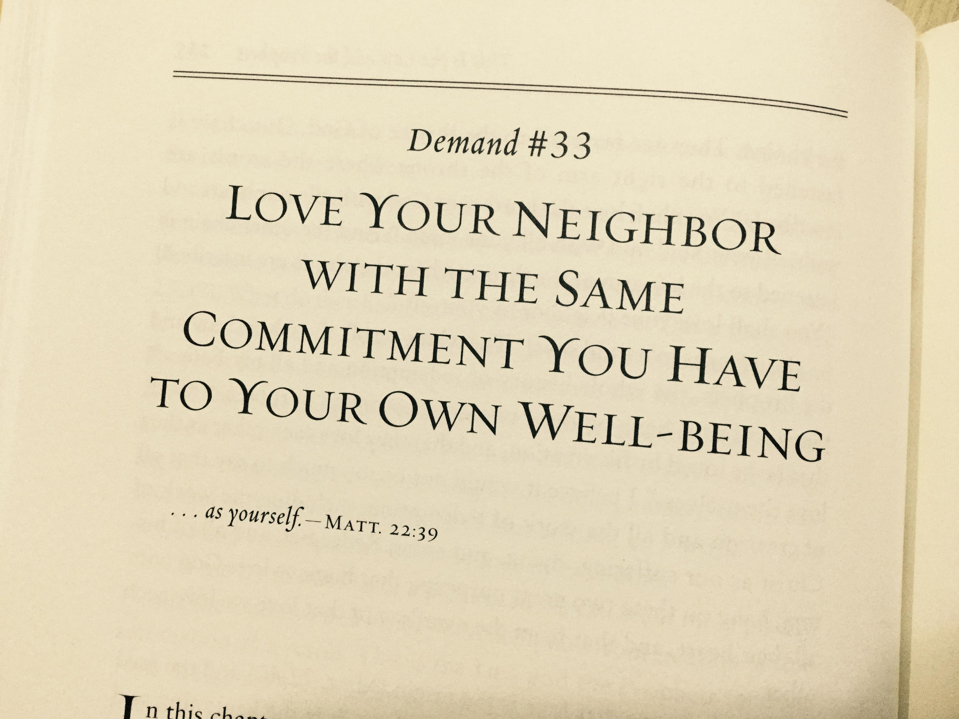 Love your neighborで始まる名言の写真です。