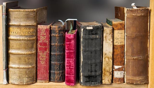 何冊かの本のイメージです。