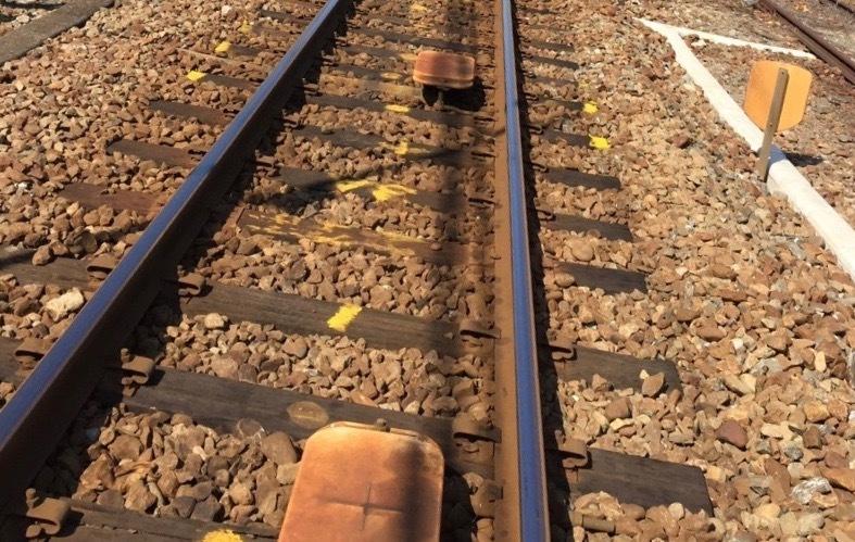 英語 乗り換える 電車 を 電車に関係する英語フレーズ23選「乗る」「降りる」「乗り換え」etc.
