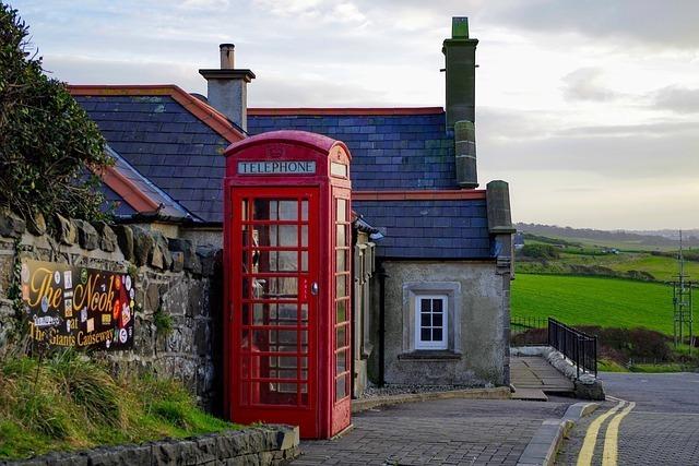 街並み、電話ボックス
