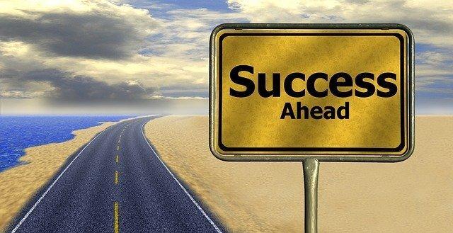 Successと書かれた看板