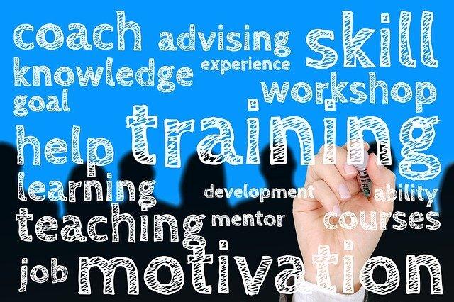 trainingと書かれているイラスト